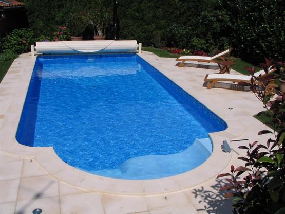 R f rence piscine vente de mat riel accessoires de piscines for Vente accessoire piscine